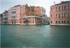 venetian_graffiti1_Fotor