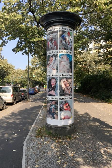 Christian Jankowski, We are innocent when we sleep, Schaubühne